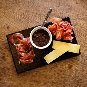 marcel ap ro bistro restaurant sur rouen convivial et chaleureux. Black Bedroom Furniture Sets. Home Design Ideas